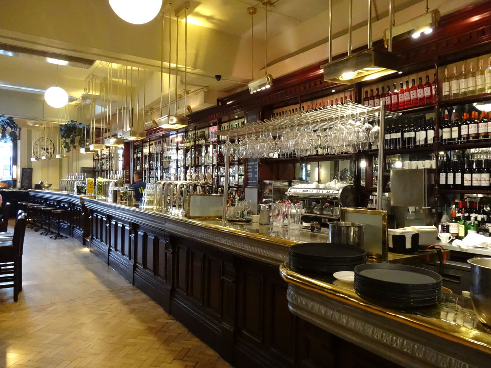 Browns Covent Garden London By The Glass 174